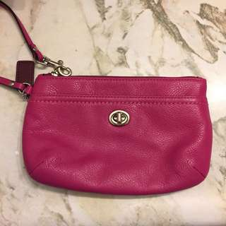 New Coach Wristlet (All Leather)