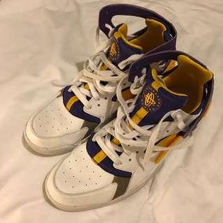 Mens Nike Air Huaraches - Size 11