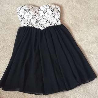 TEMT Strapless Lace Dress- Size 8