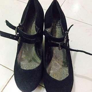 Black Wedge Size 7 (Giannni Bini) From Us