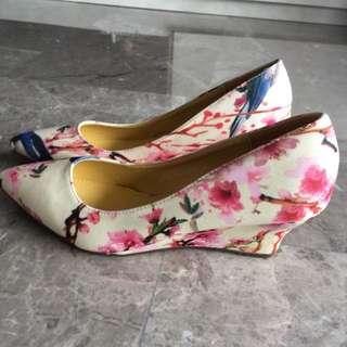 Mitju Floral Wedge Shoes