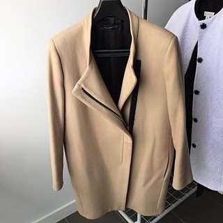 Zara Women Wool Coat in Beige