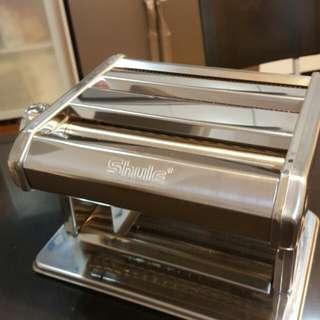 Pasta Machine Rolller