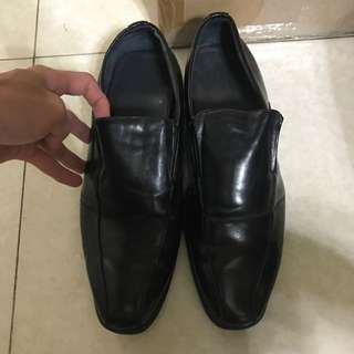 皮鞋41號