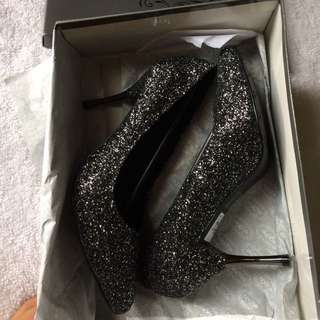 Noche Shoes Preloved Gift