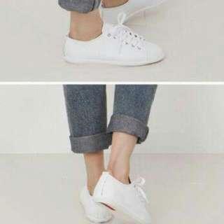 (降價💸)🎎韓國皮革小白鞋