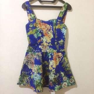 Dress biru motif bunga
