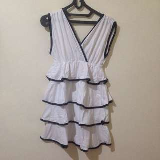 Dress gorden putih