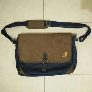 PINE Laptop Bag