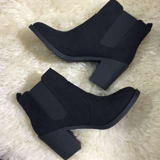BRAND NEW H&M Black Suede Boots