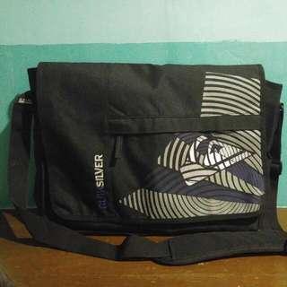 Quiksilver Mailman's bag (Authentic)