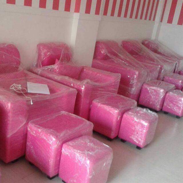 6 Pieces Pink Sofa Set