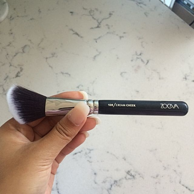 AUTHENTIC ZOEVA cream cheek brush