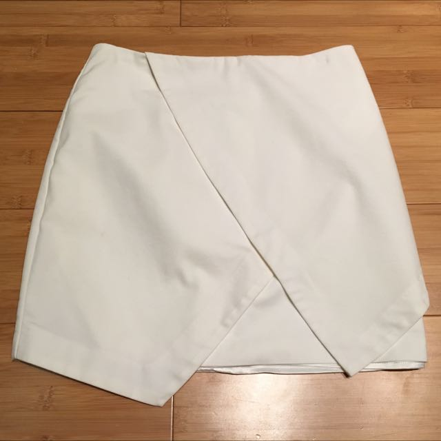Bardot White Skirt S 8