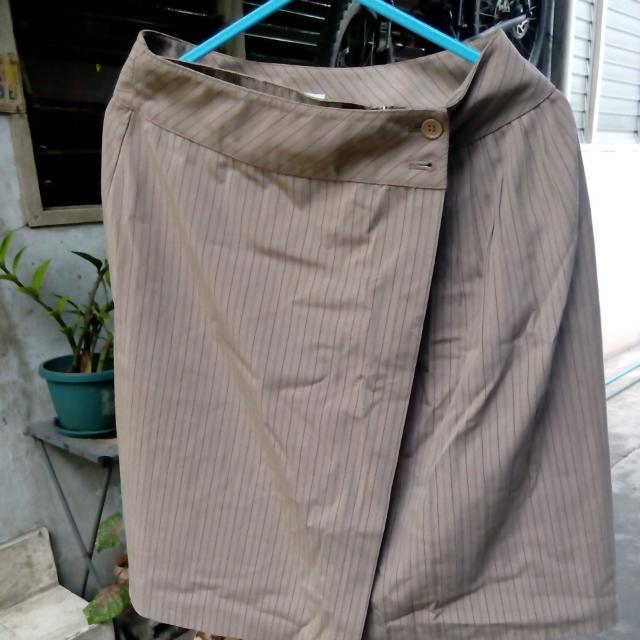 Brown Veeko Office Skirt