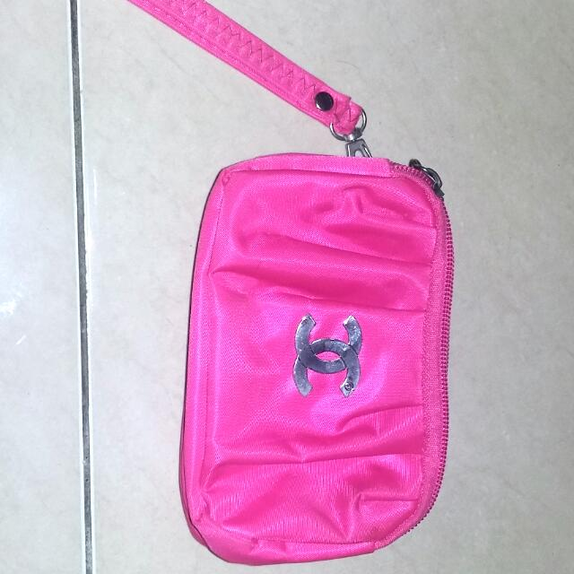 NEW Chanel Pouch (Premium Quality)