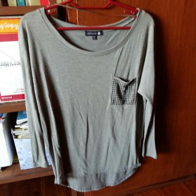 Cotton On Size XS loose fit Top