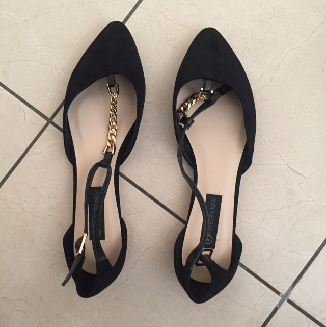 Forever New Point Flat Black Patent.