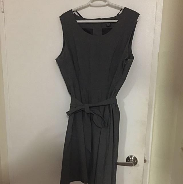Gray Beerchers Brook Dress With Belt