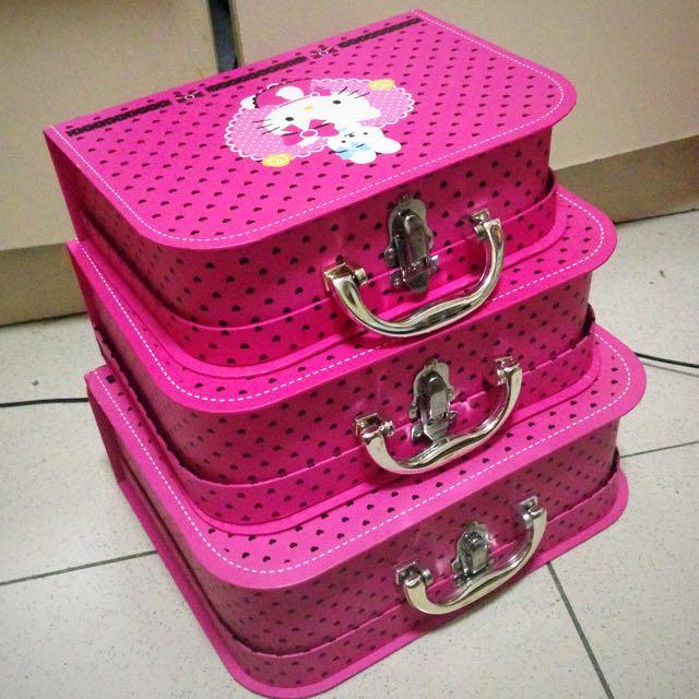 Hello Kitty Cardboard Luggage
