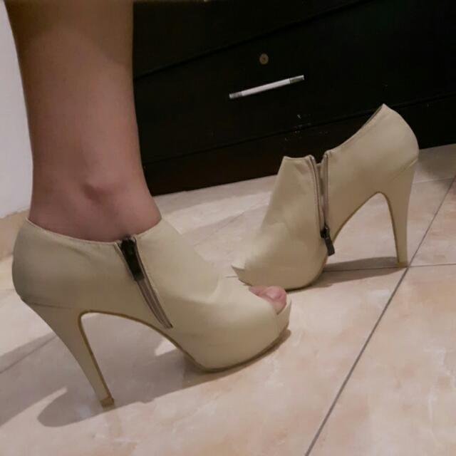 Highheels/ Hak / Ankle Boots