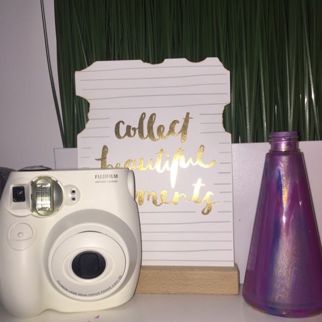 Instax Mini 7s polaroid camera