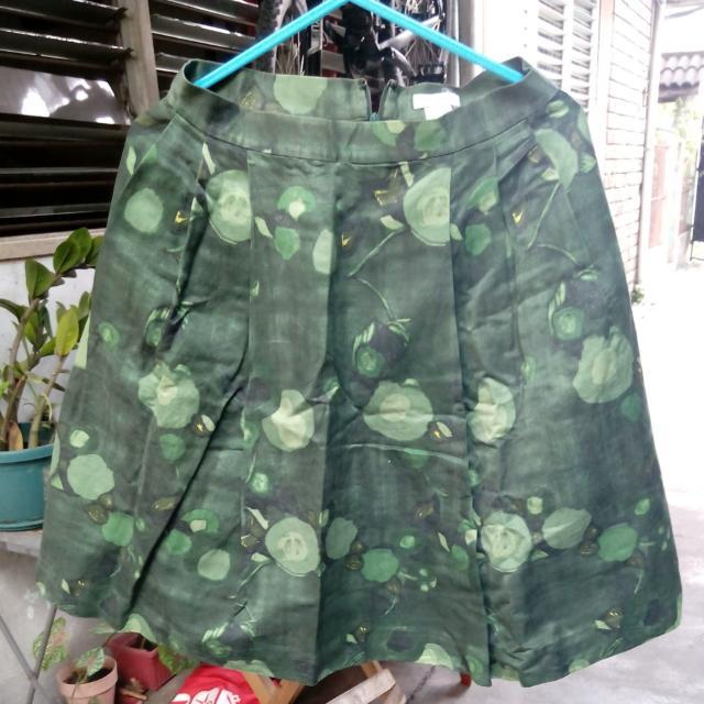 Kate Spade green printed skirt