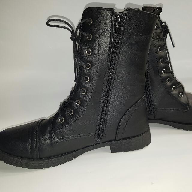 Lace-Up Military-Style Boots Sz40