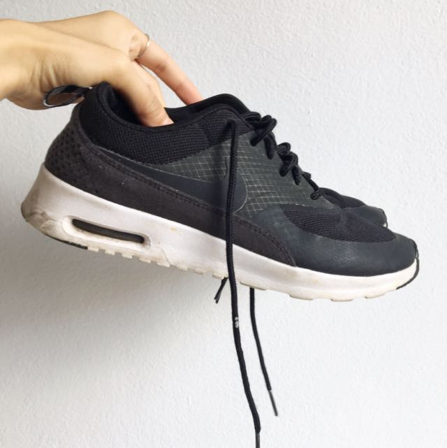 Nike Air Max Thea Black And White Size 6/6.5