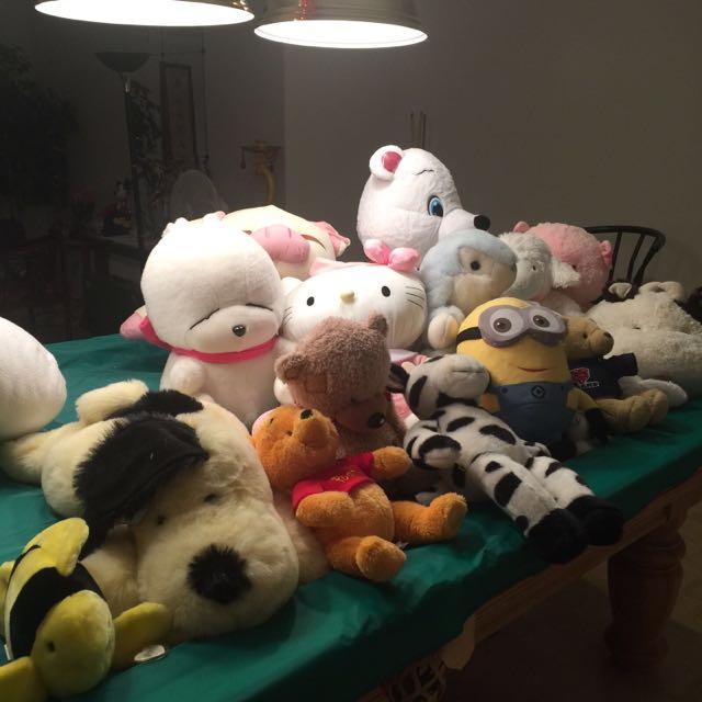 Plush toy lot