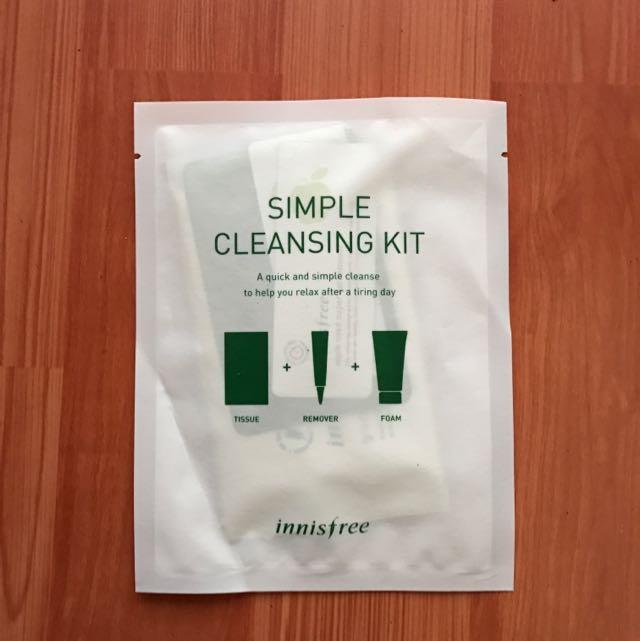 Sample Innisfree Simple Cleansing Kit