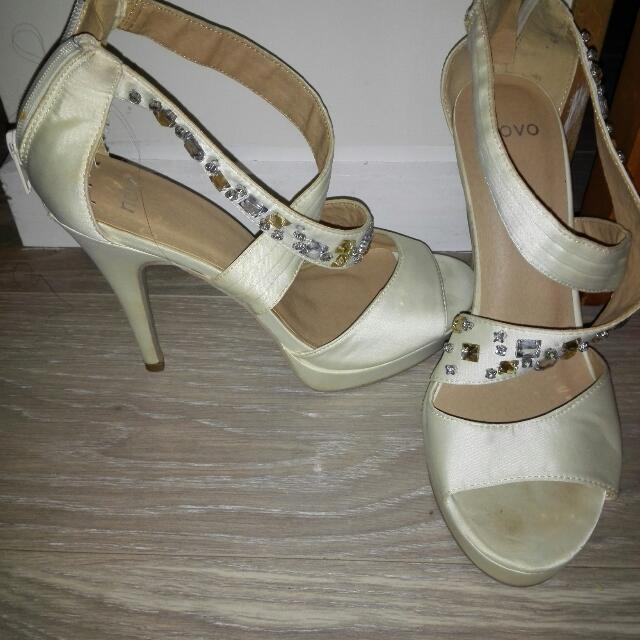 Shoes _heels Size 39