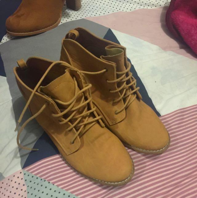 Spurr Boots