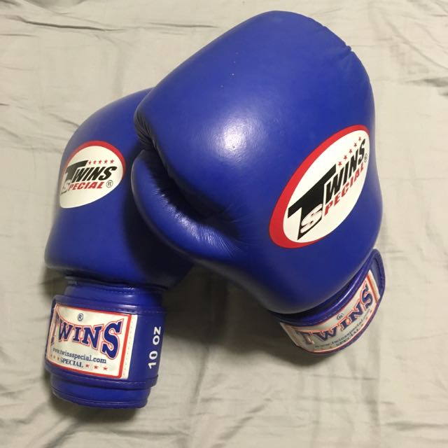 Twins Special Muay Thai Boxing Gloves 10 Oz.