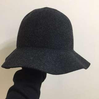 灰色 大圓帽