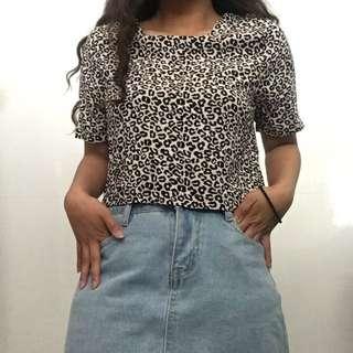 Basic Cheetah Poka Dot Crop Top