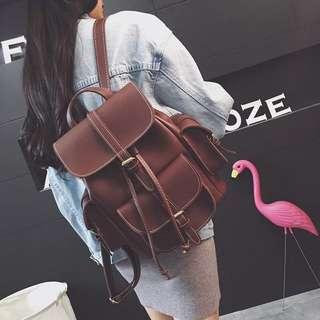 ✨實拍👍🏻高質感車線掀蓋式硬挺皮革多口袋後背包 咖啡 牛皮 素黑 麻灰 forever21 Zara pazzo