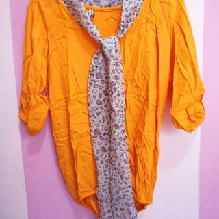 blouse orange + slayer