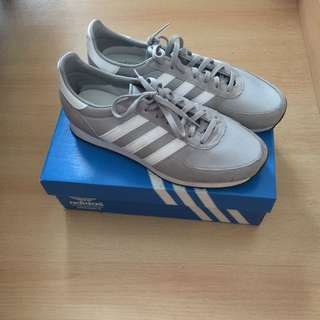 Adidas Zx Racer 42 2/3 (booked)
