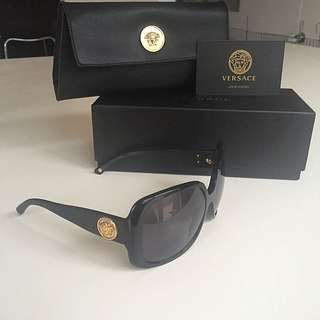 Versace limited edition sunglasses (genuine)