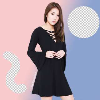 topazette bree laced bell sleeves dress in black