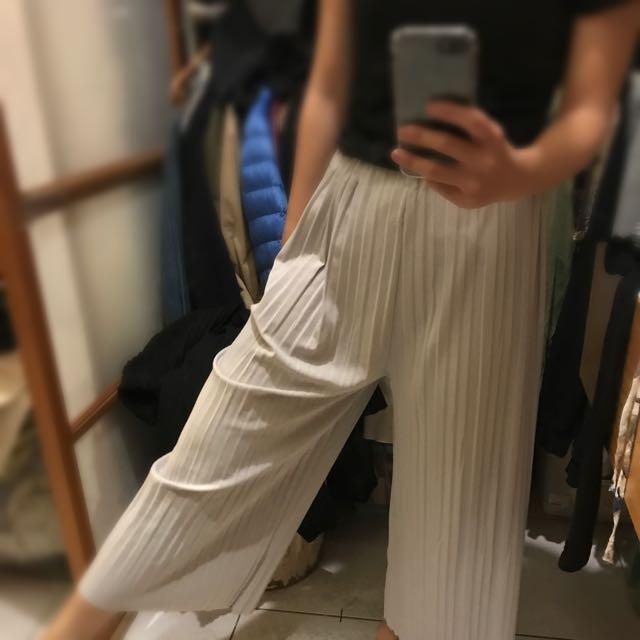 灰色百褶寬褲