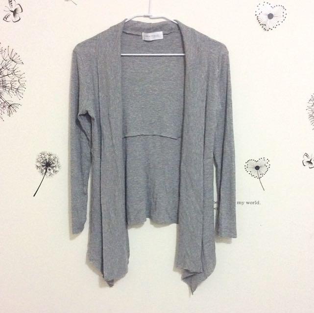 (待寄出)灰色羅紋開襟不修邊薄外套