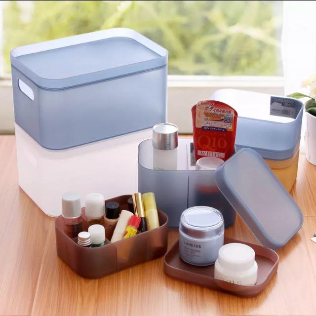 (全新現貨)化妝品 收納盒/收納箱 透明色