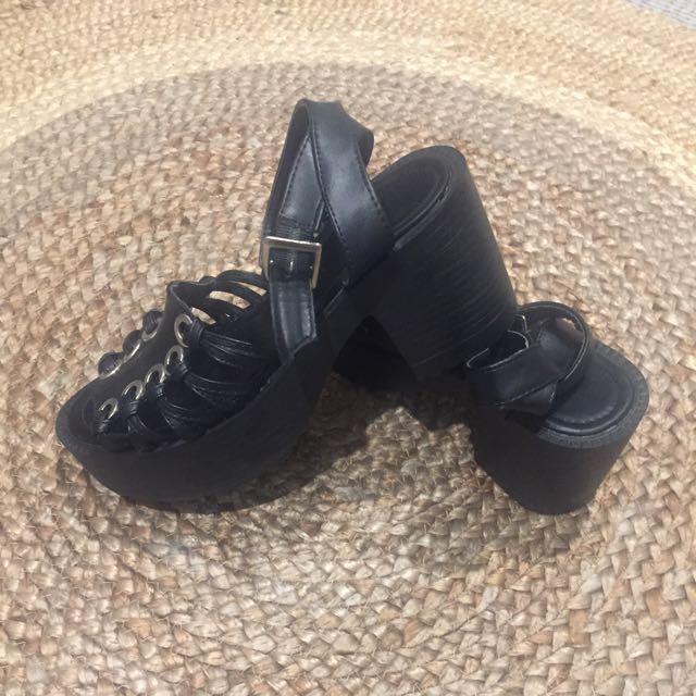 Price Down*A Little Bit Punk Shoes:) Size36/36.5/37