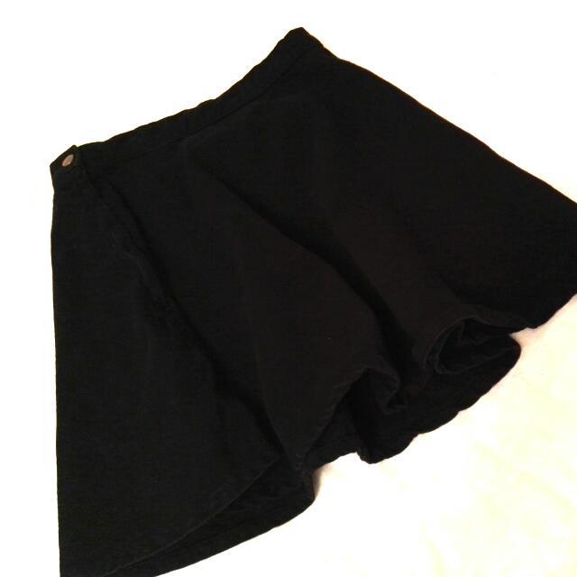 American Apparel Black Denim Skater Skirt