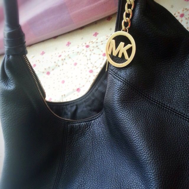 authentic bag by Michael Kors