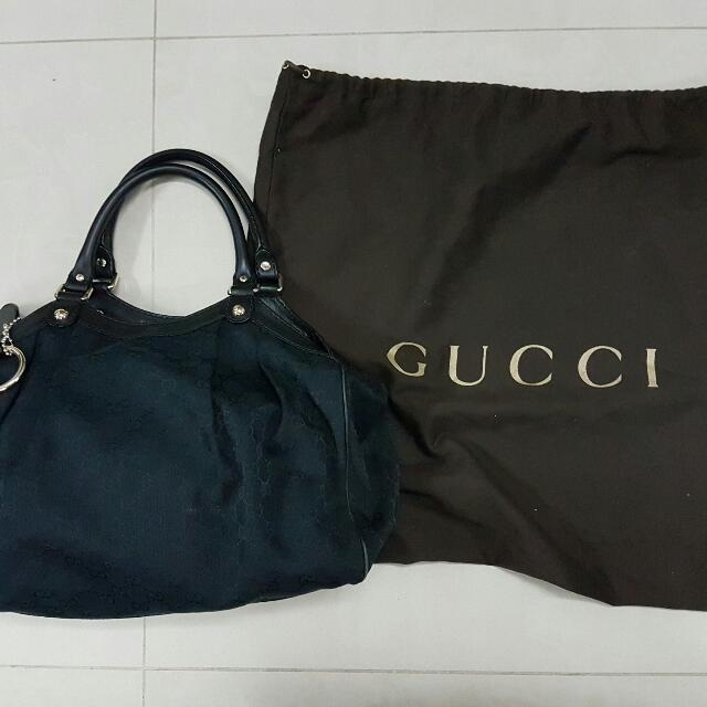 afafc5461df Authentic Gucci Sukey Medium Black Canvas Tote