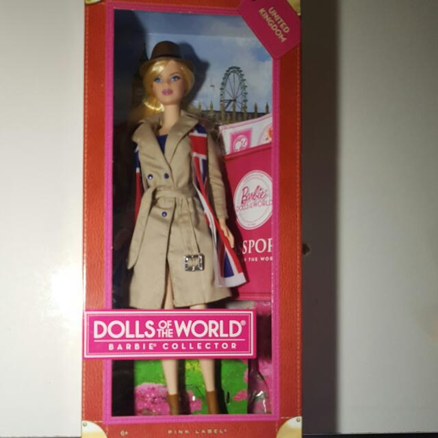 72945b96f6c3c Barbie Dolls Of The World (Barbie Collector)- United Kingdom on Carousell