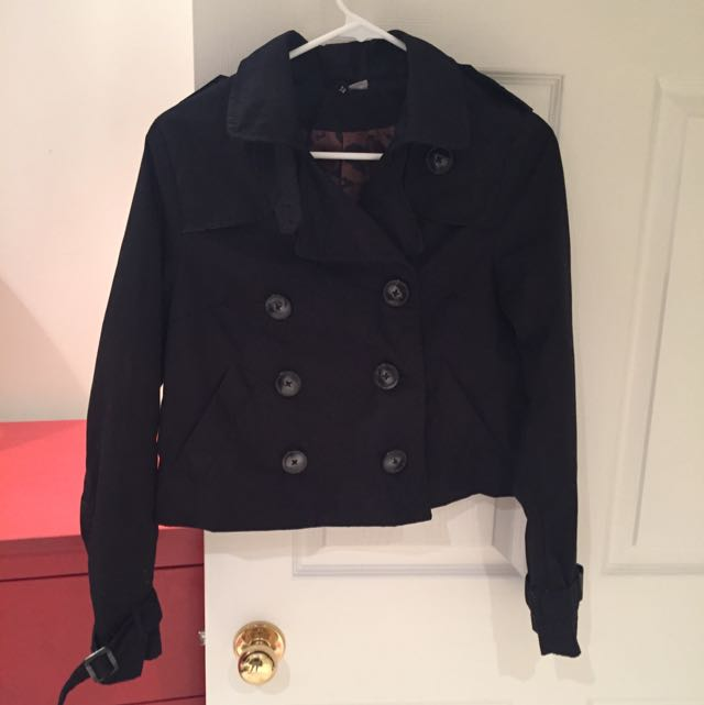 Cropped Black Peacoat